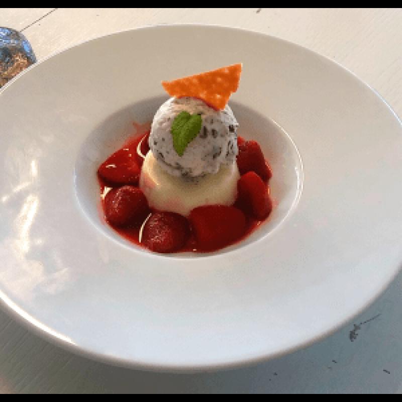 Norliq, Rhubarb, Rabarbar, jordbær og vanilje likør, Økologisk