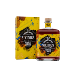 Six Dogs, Gin Distillery, Pinotage Stained, Premium